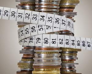 сокращение расходов для оплаты по долговым обязательствам
