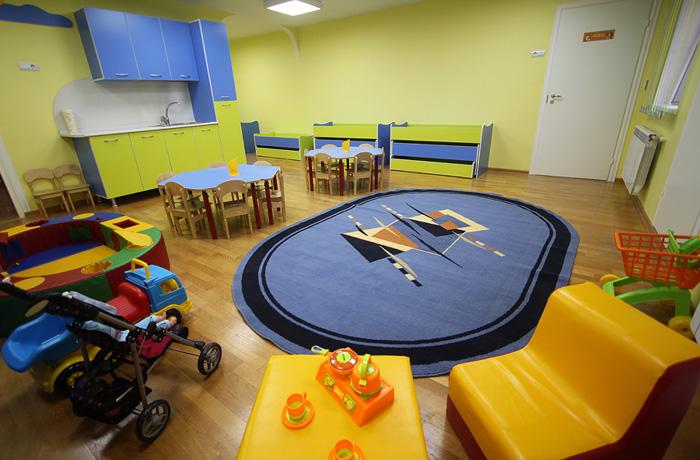 Кухня в детском помещении