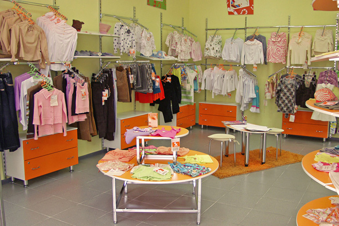 Магазин детской одежды - расположение товара