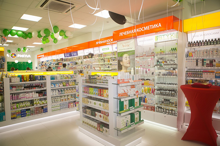 Интерьер аптеки Ригла